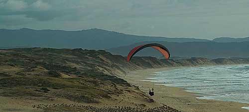 MA_Beach_glider2